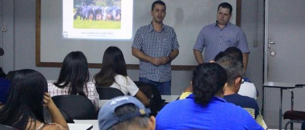 Palestra explica as características do Gado Girolando
